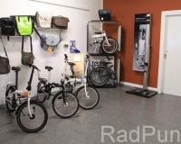 Tern Klappfahrräder im Verkaufsraum