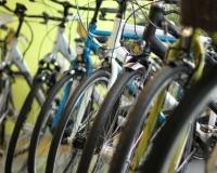 Marken-Fahrräder im Verkaufsraum